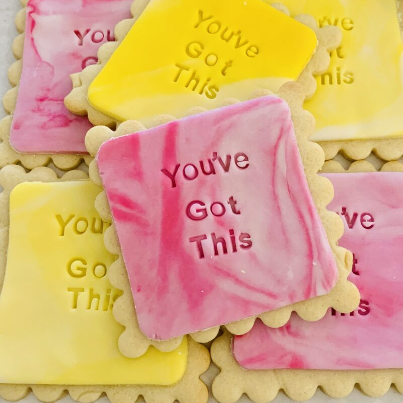 custom message biscuits