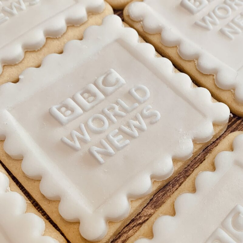 custom logo biscuits uk